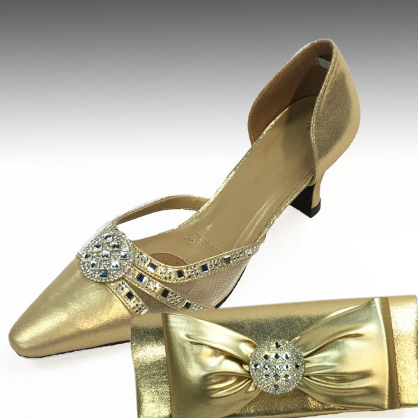 H95-Gold Shoe With Matching Hand Bag