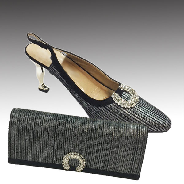 H124M-Silver Shoe With Matching Hand Bag