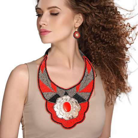 Upscale Jewelry ZFN5250REDFL ( Beaded Bib Necklace And Earring Set Featuring Stamped Metal Plate Design )