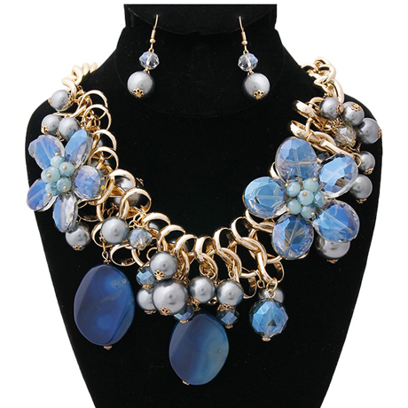 Upscale Jewelry BKN9885CLEGD ( Chunky Chain With Blue Pearl And Bead Necklace And Earring Set )