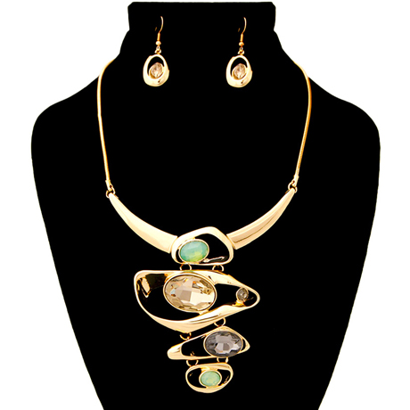 Upscale Jewelry AJN3844TPZGD ( Necklace And Earring Set Featuring Organic Metal Drop Detail With Crystals )