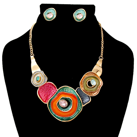 Upscale Jewelry AJN3823MLTGD ( Hammered Necklace And Earring Set )