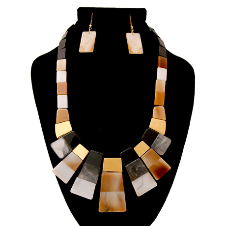 Upscale Jewelry AJN3441NATGD ( Modern Design Necklace And Earring Set With Rectangular Details )