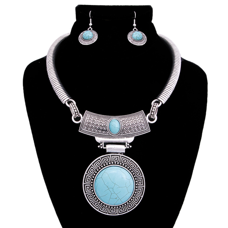 Upscale Jewelry AJN3402TUQBS ( Engraved Burnished Choker And Earring Set With Stone Pendant )