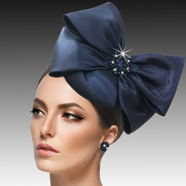 2417 Harry-NA ( Mini Nehru Pillbox Fascinator With A Crystal Wreath Bow )
