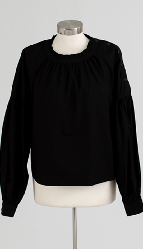 Why Collection T170063-BK ( 1pc Side Button Balloon Sleeve Top )