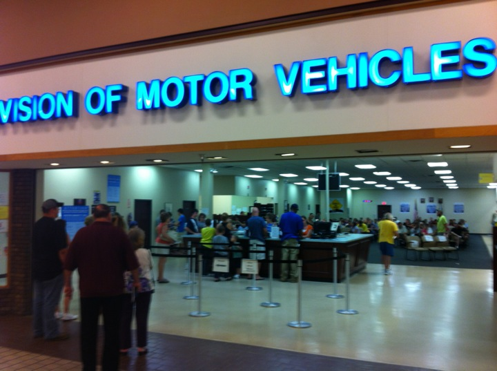 Wv metronews dmv s reed to stay in post under justice for Wv dept motor vehicles charleston