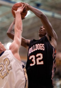 Martinsburg's Donte Grantham now has both Villanova and West Virginia in the recruiting mix.