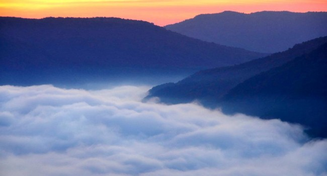 A misty morning over from the Grandview overlook, one of thousands of images which defines West Virginia