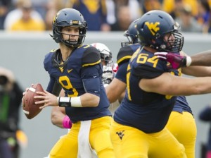 Clint Trickett threw for 254 yards on 27-of-43 passing against Texas Tech, but Wst Virginia's offense stalled on its final five series.
