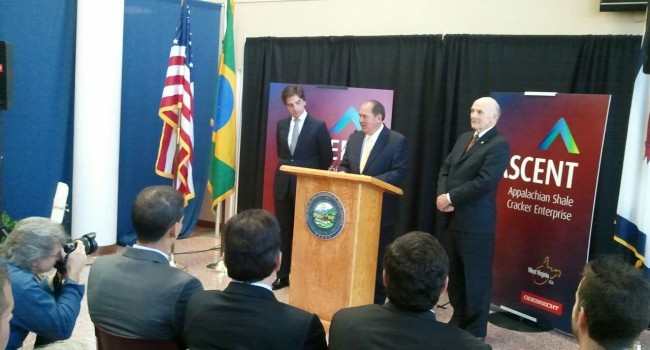 Gov. Earl Ray Tomblin and Odebrecht officials answered questions at Thursday news conference in Parkersburg.