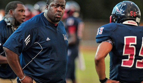 After 12 seasons at Miramar (Fla.) High School, former Mountaineers linebacker Damon Cogdell will be joining West Virginia's defensive coaching staff.