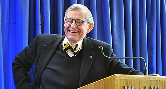 WVU President Gordon Gee still working on new contract with BOG and Higher education chancellor.