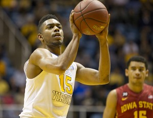 West Virginia transfer Terry Henderson averaged 11.7 points as a sophomore and was slotted to be a key player in next season's lineup.