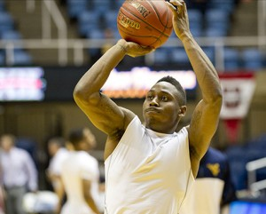 Juwan Staten and West Virginia are seeking a three-game winning streak Wednesday night as No. 21 Oklahoma visits.
