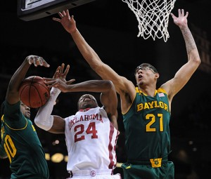 Isaiah Austin and Baylor jumped out to big early lead against second-seeded Oklahoma.