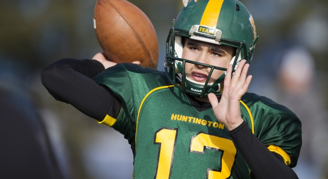 Huntington quarterback Clark Wilson returns for his senior season with the Highlanders.
