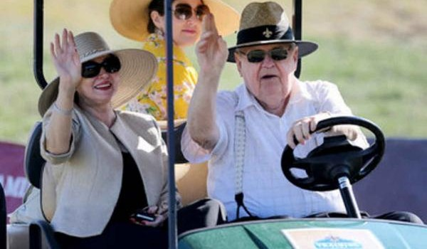 Tom Benson and his wife Gayle met with fans during last Saturday's picnic at The Greenbrier.