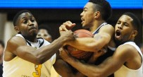Can West Virginia's trapping defense negate Kentucky's size and skill advantage in Thursday night's Sweet 16 matchup?