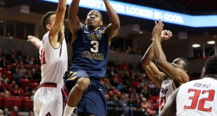 Juwan Staten scored 16 points in West Virginia's 78-67 win at Texas Tech.