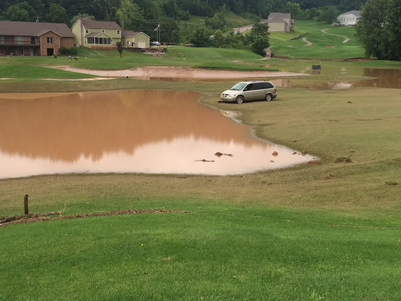 Flood cleanup work continues in Wood County days after storms