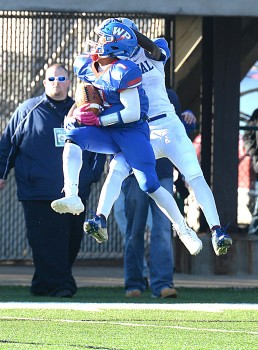 Wheeling Park's Tre Saunders collected three interceptions in the Patriots' Class AAA title win.