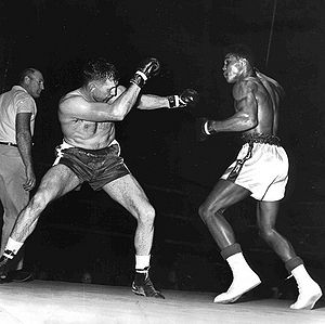 Cassius Clay won a six-round unanimous decision against Tunney Hunsaker.