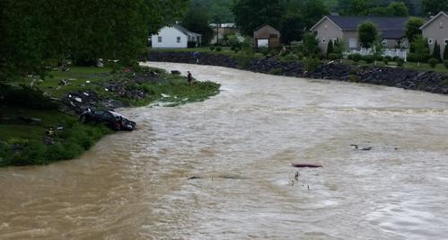 Wv Metronews Flooding Death Toll Rises To At Least 23