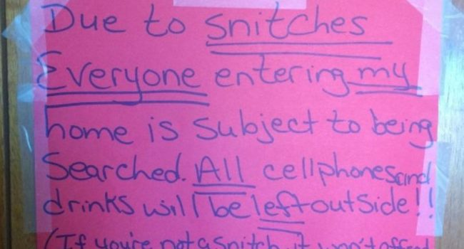 """WVMetroNews - """"Snitches"""" warning sign leads to 2 drug"""