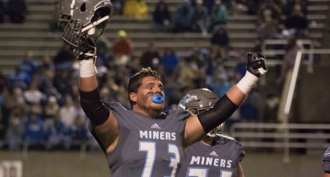 Mingo Central vs. Fairmont Senior in the Class AA high school football state championship game.