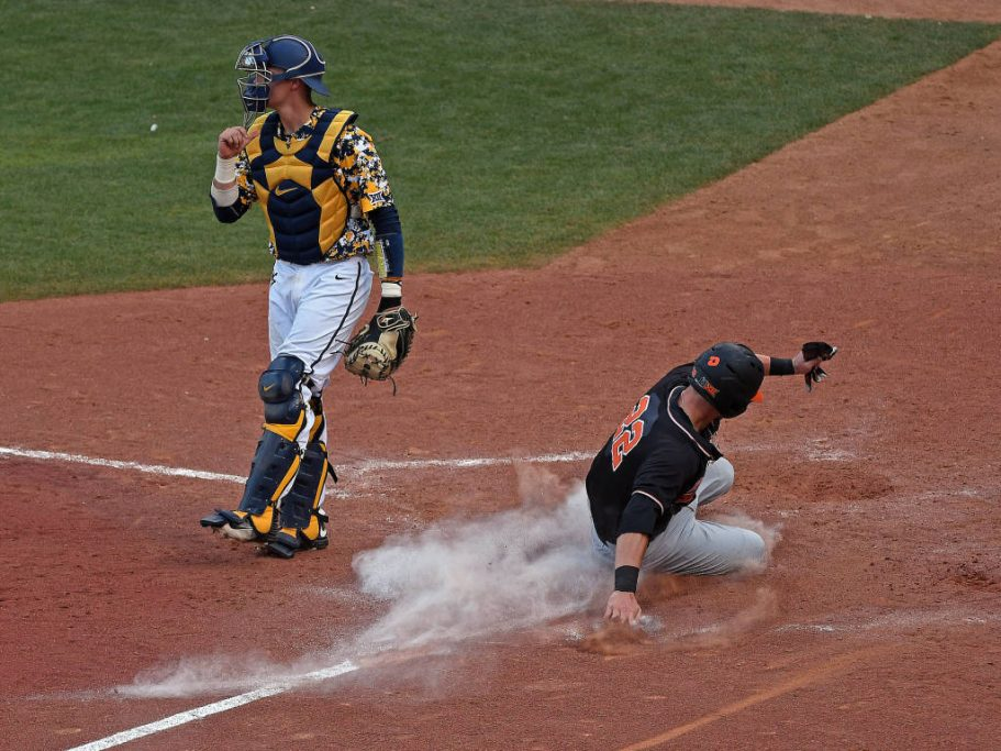 Staying alive: West Virginia stuns top-seeded Texas Tech late