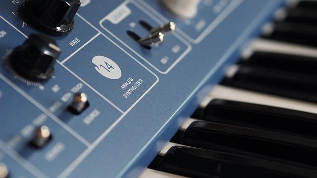 Vermona '14 Analogsynthesizer Is On Its Way