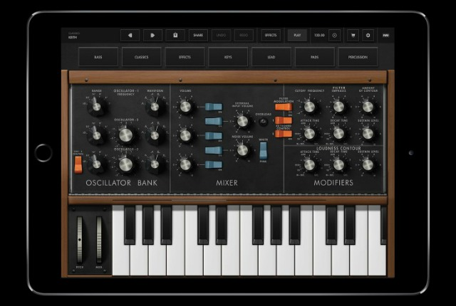A Minimoog Model D For Your iPad