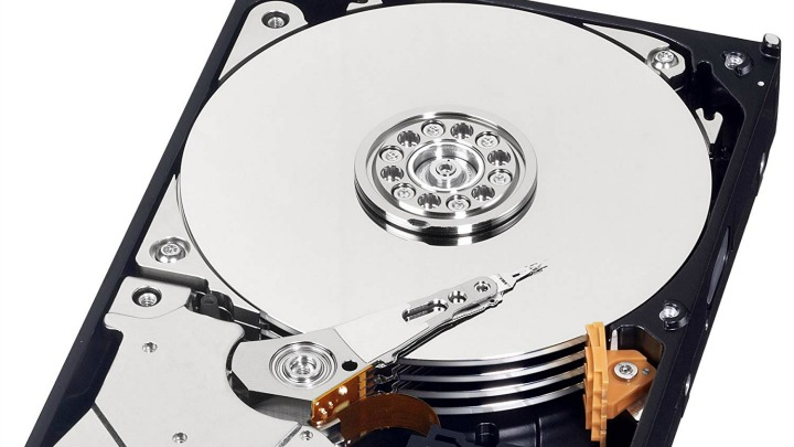 Dramatic Drop In Sales Of Hard Drives