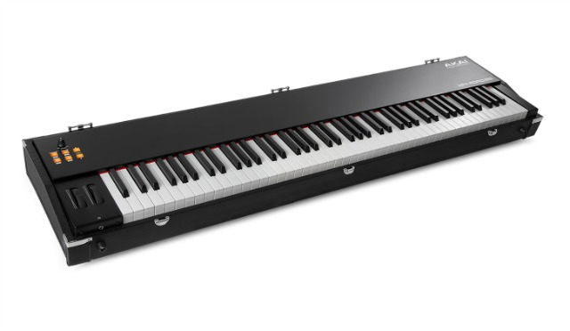 NAMM 2019: Akai Keys For The Road