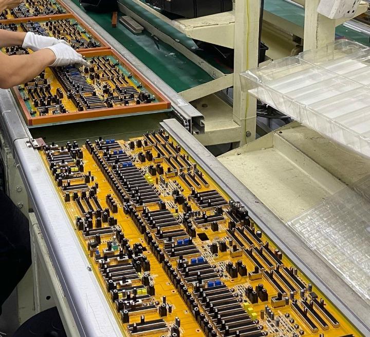Behringer 2600 PCB 1