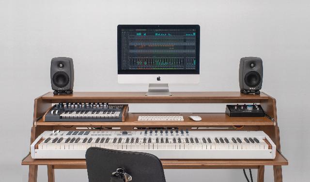 A Studio Desk To Host 8-Octave Keyboards