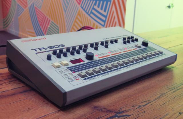 Free SP1200 Sampled Kit For 909 Day