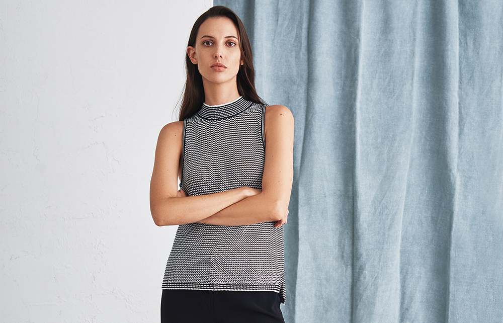LIGHTWEIGHT COTTON MOCKNECK KNIT TANK