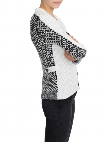 Pre-order Tuck Stitch V Neck Cardigan
