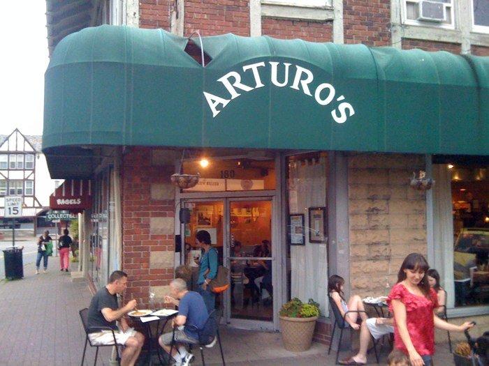 Arturo's Osteria and Pizzeria