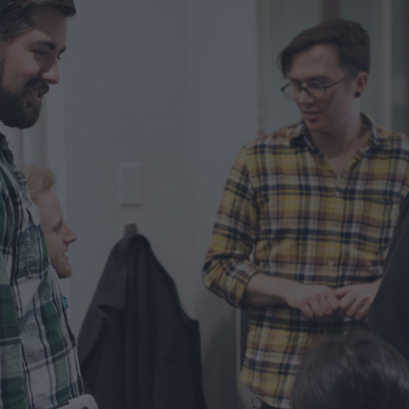 What are the essential qualities of a good design leader?