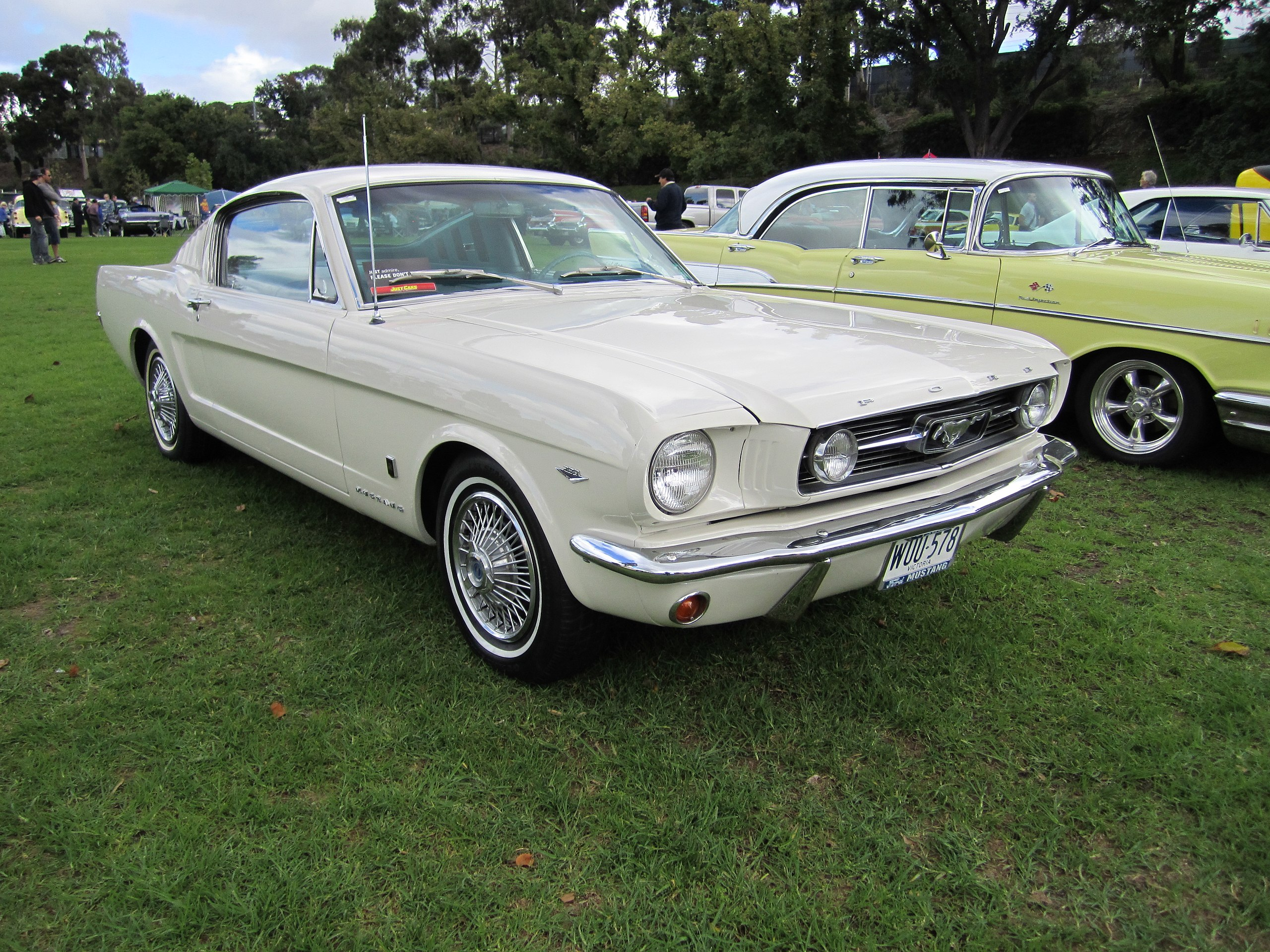 1966 Mustang Fastback GT white - best mustangs