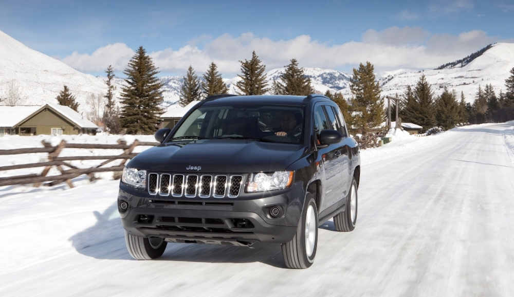 jeep compass in snow