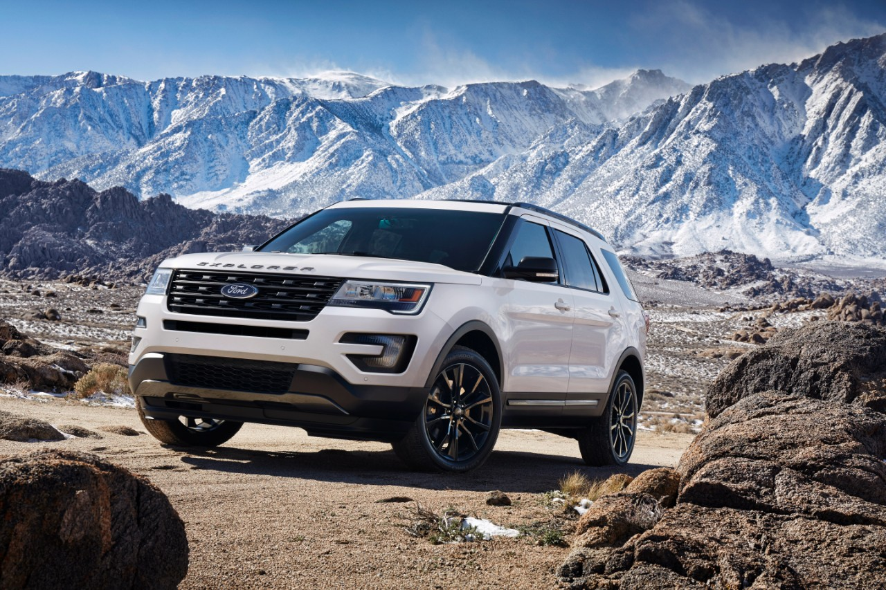 2017 Ford Explorer XLT Sport Appearance Package 1
