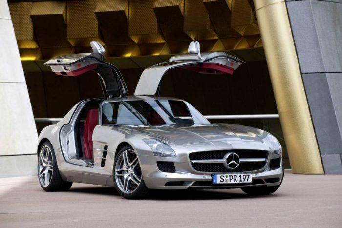 Mercedes Benz SLS AMG 121