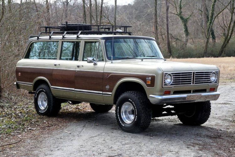 forgotten off-road SUVs International Harvester Travelall