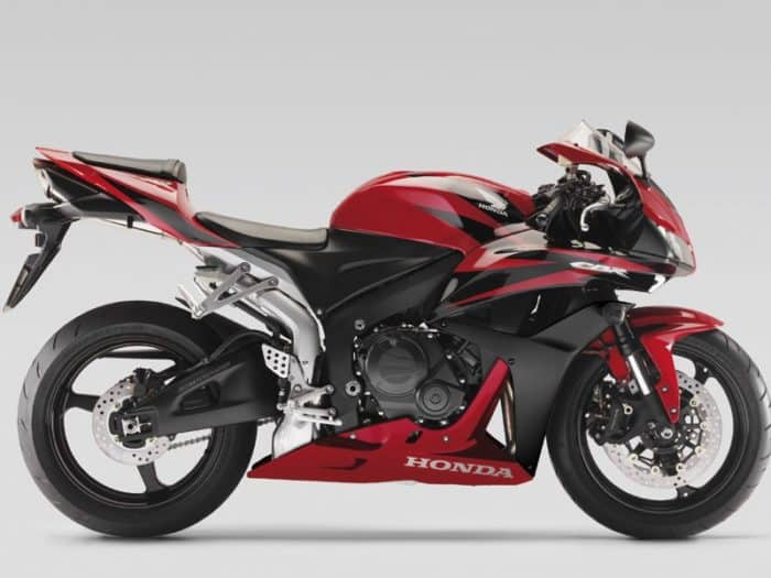 600cc Motorcycle Image