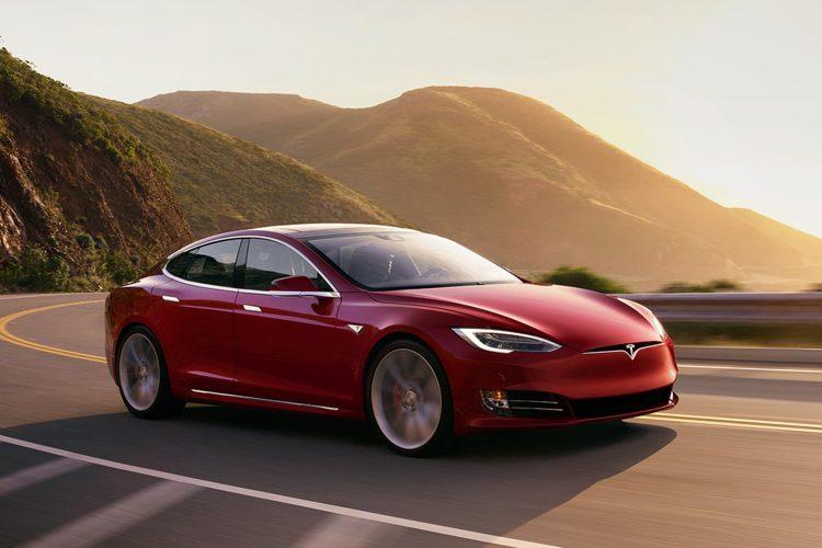 Best Sedans 2018 - Tesla Model S