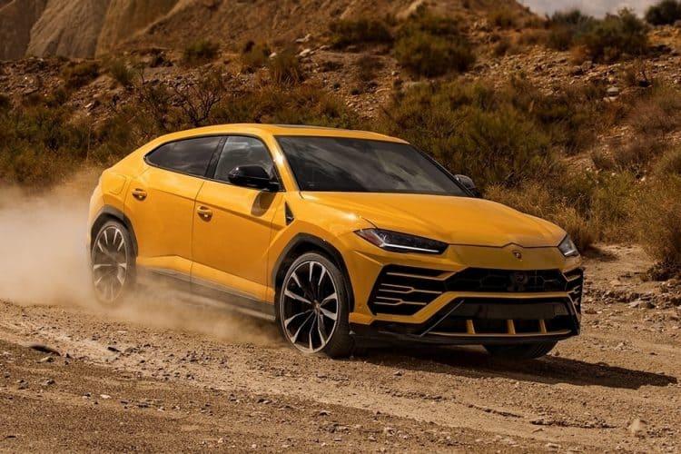 Best CUV 2019 - Lamborghini Urus
